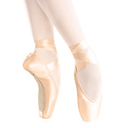 Maya Pointe Shoe