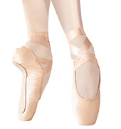 Signature Pointe Shoe