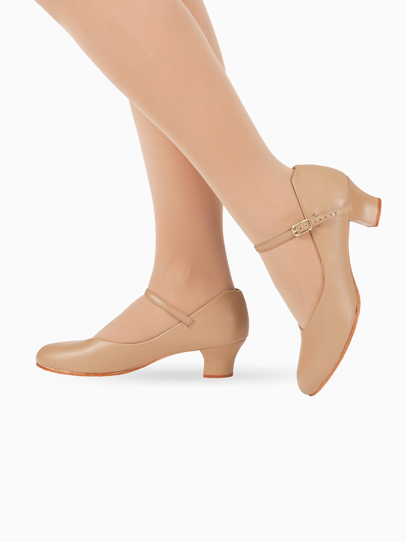 Capezio Adult Jr. Footlight 1.5 Heel Character Shoes 550