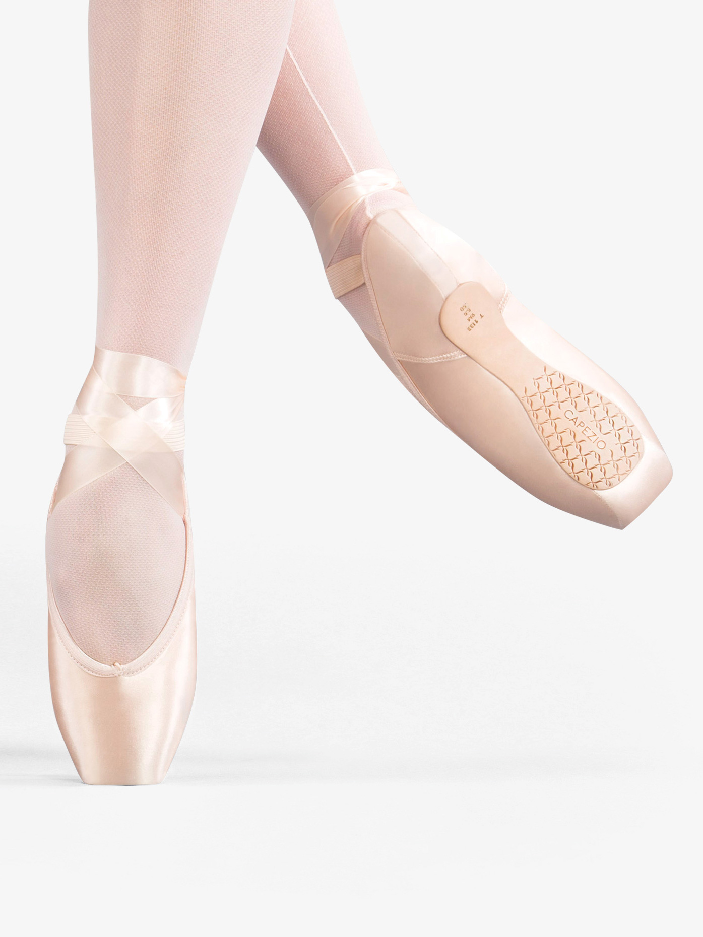 Capezio Airess Tapered Toe Pointe Shoe #5.5 Shank C1133