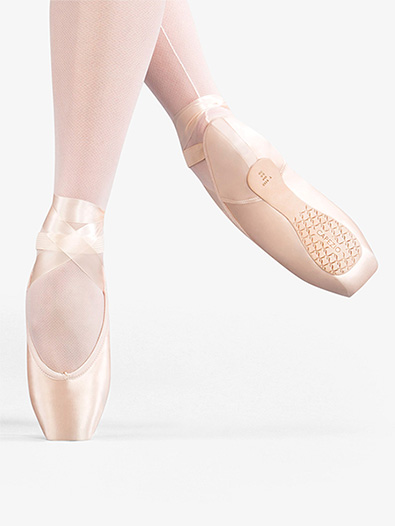 Airess Tapered Toe Pointe Shoe #5.5 Shank - Style No C1133x